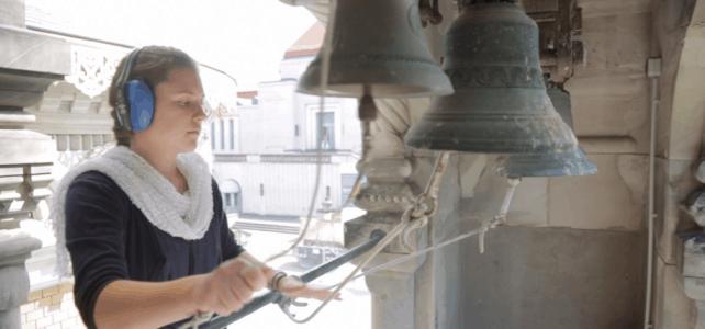 Video mit der neuen Glocken für die Russische Kapelle (Glockengiesserei in Russland)