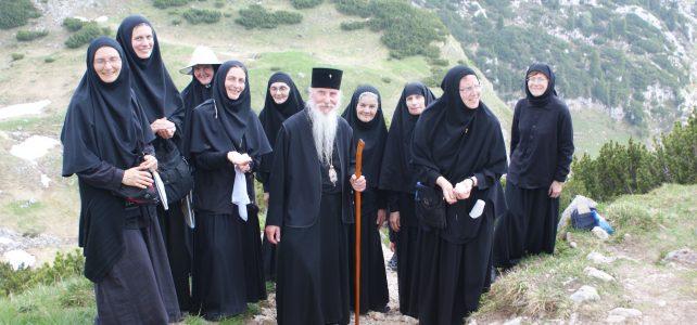 Поздравление членов Прихода в Дармштадте по случаю 15-летия основания Свято-Елисаветинского монастыря в Бухендорфе (Германия)